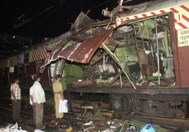 Mumbai Train blast marathipizza 01