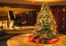ख्रिसमस ट्री सजवताना, विवीध वस्तूंचा वापर का केला जातो? जाणून घ्या!