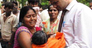 gorakhpur-hospital-tragedy-marathipizza