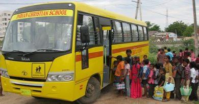 school-bus-marathipizza00