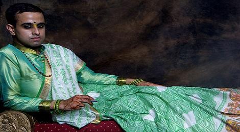 saree-man-marathipizza01