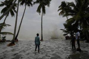 Cyclone Ockhi.Inmarathi1