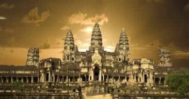 Angkor wat temple.Inmarathi00