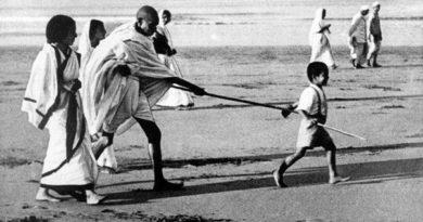 gandhiji-inmarathi