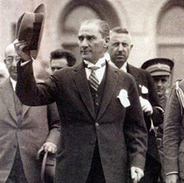 Mustafa kemal atatürk.Inmarathi2