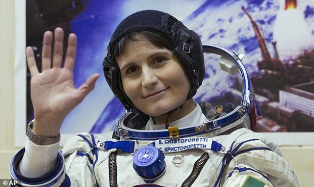 women-astronout-inmarathi03