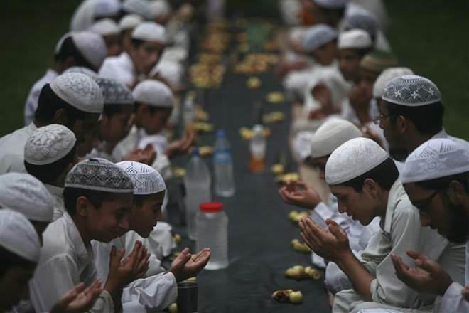 Ramdan-fasting-inmarathi