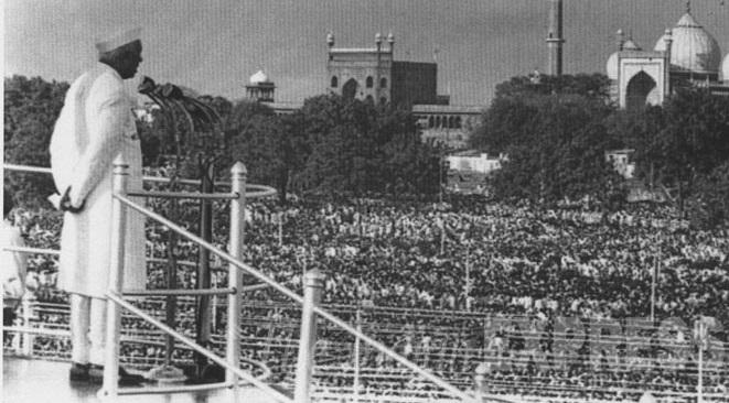 PM-Nehru-Red-Fort-address-1947