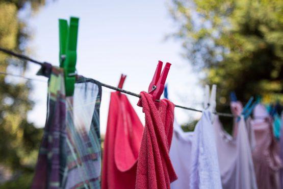 stinky-clothes-inmarathi02