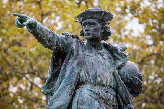 Christopher Columbus Statue-inmarathi