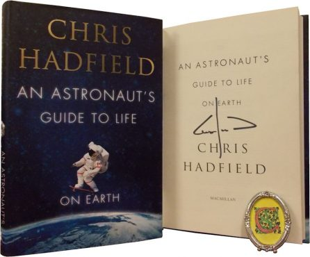 chris_hadfield_signed_book_inmarathi