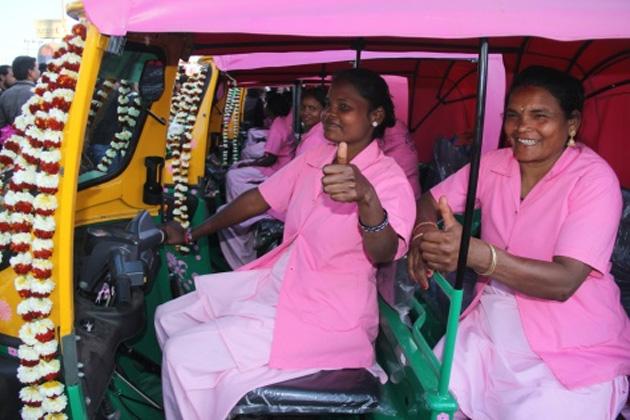Pink-Auto02-marathipizza