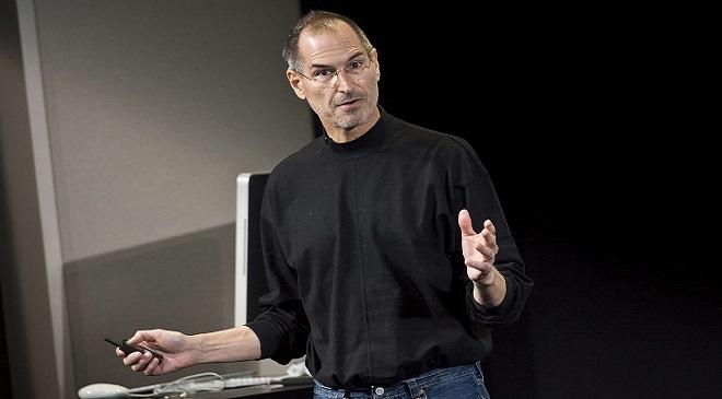 Steve-Jobs-iPhone 5 InMarathi