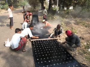 Road_Repairing_Work_-_Padmapukur_Water_Treatment_Plant_Road_-_Howrah_2011-12-18_0407