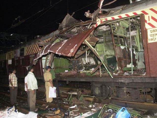 Mumbai Train blast marathipizza 01