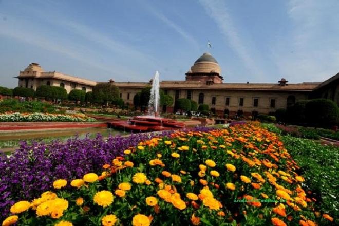 mughal-garden-rashtrapati-bhavan-marathipizza