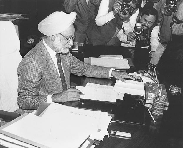 1991-budget-marathipizza03