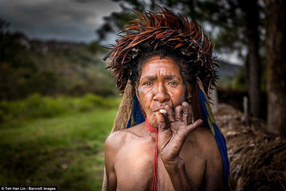 dani-tribe-indonesia-marathiizza02