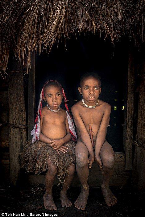 dani-tribe-indonesia-marathiizza03