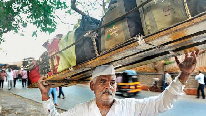 mumbai-dabewala-inmarathi