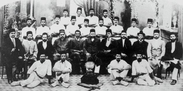 mahatma-gandhi-cricketmarathipizza03