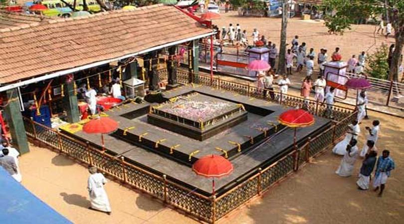duryodhana-temple-india-marathipizza03