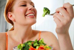 green-vegetables-eat-marathipizza