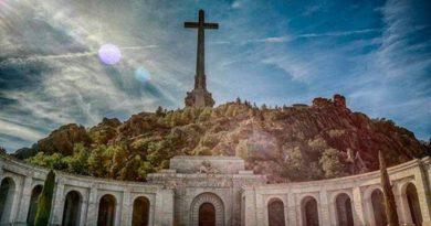 worlds-tallest-cross InMarathi