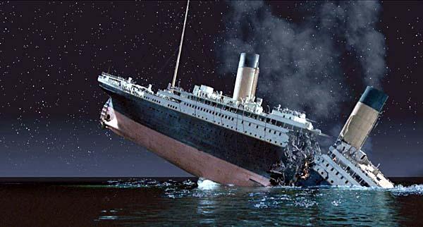 titanic-sinking-reason-marathipizza00