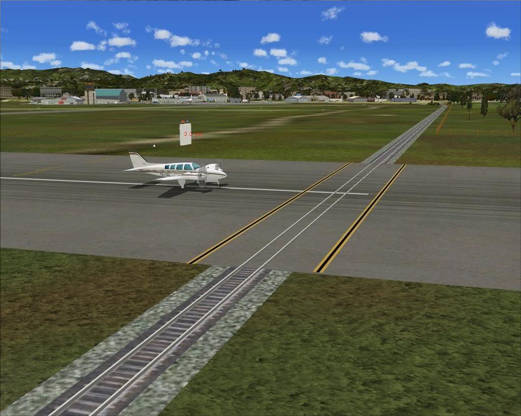 gisborne-airport-marathipizza01