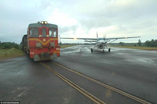 gisborne-airport-marathipizza03