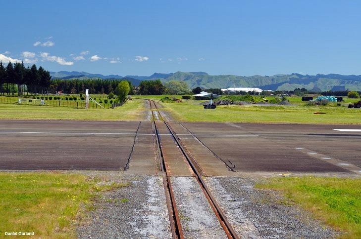 gisborne-airport-marathipizza05