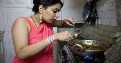 housewife inmarathi