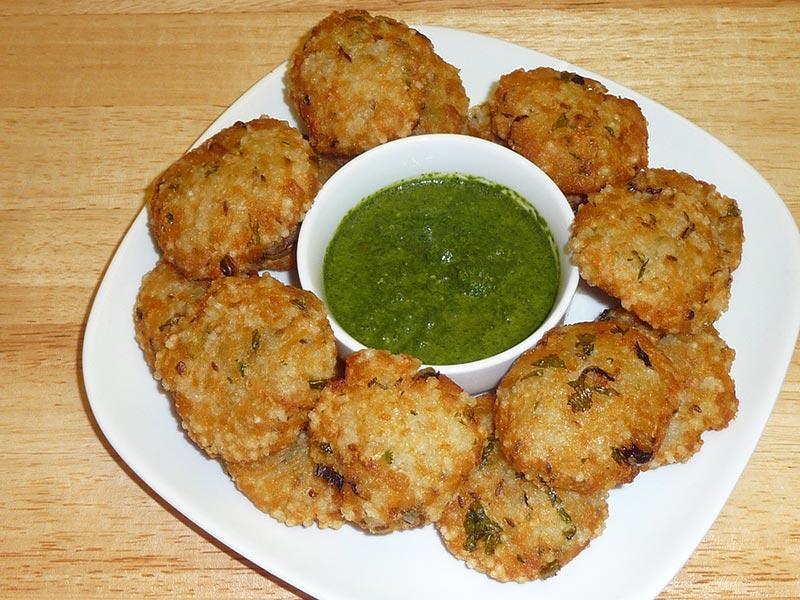 indian-breakfast-marathipizza02