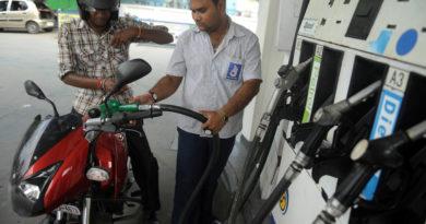 petrol-pump-marathipizza03