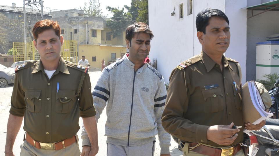 mohit goel ringing bells arrested marathipizza