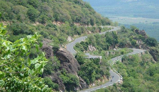 munnar-road-marathipizza