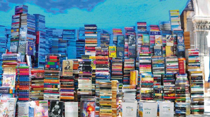 street-books-marathipizza00