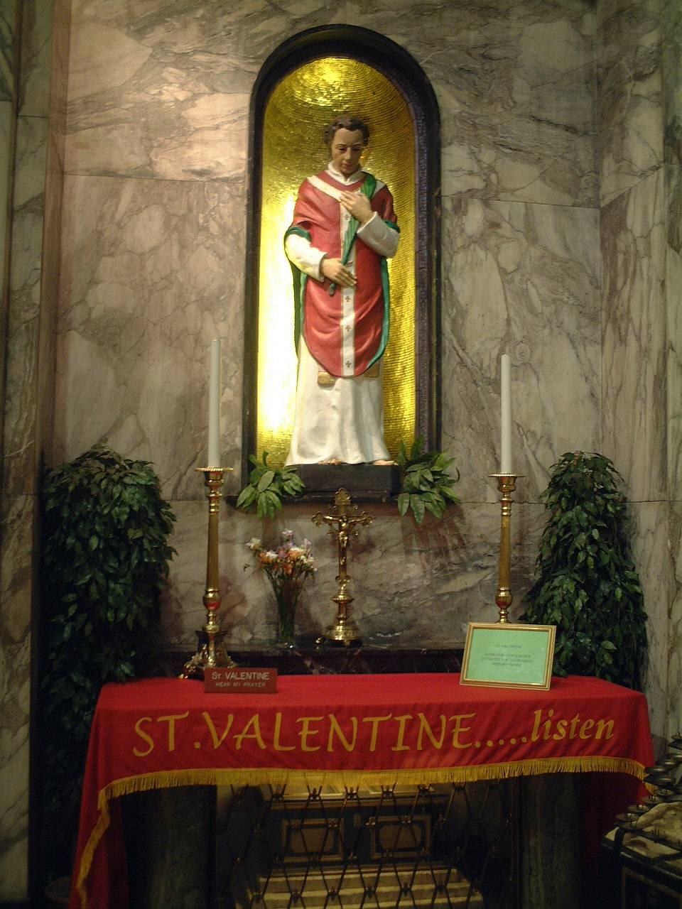 valentine-day-history-marathipizza02