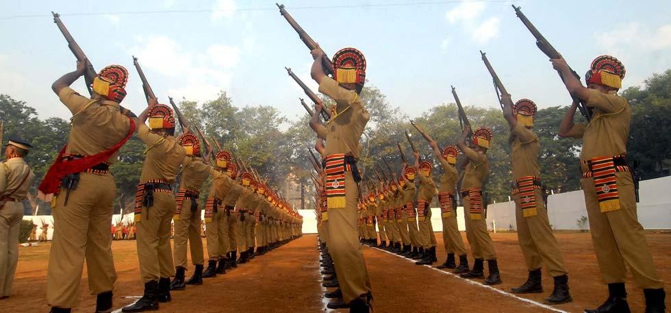 21-gun-salute-marathipizza01