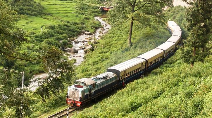 beautiful-railway-routes-india-marathipizza03
