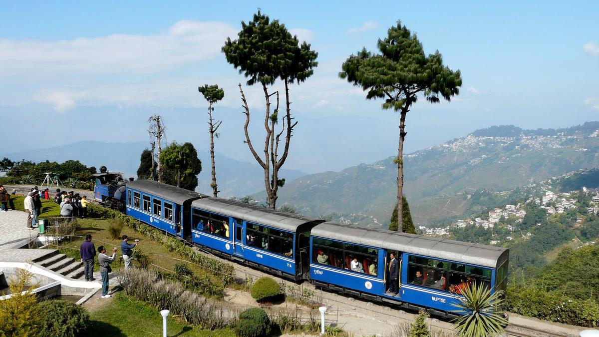 beautiful-railway-routes-india-marathipizza07