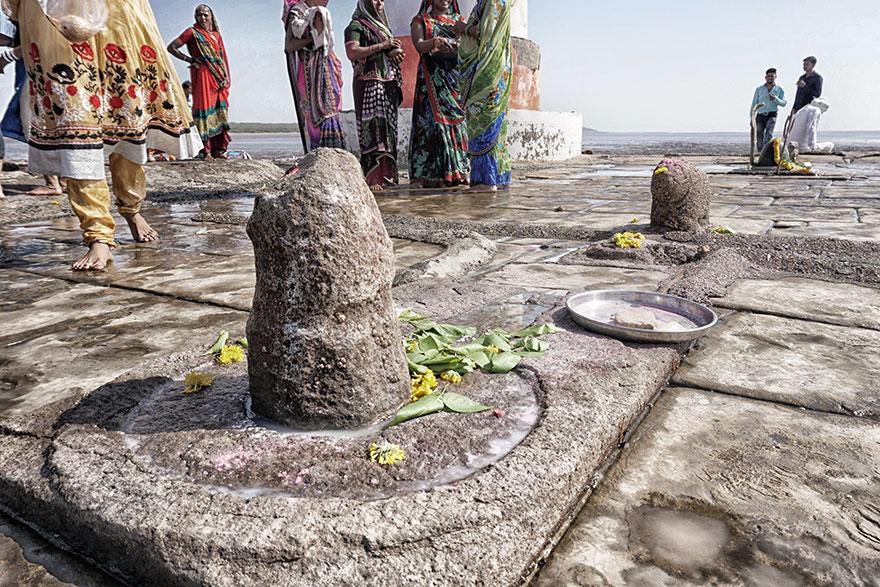 underwater-shiva-temple-marathipizza01
