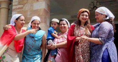women-of-parsi_peopel InMarathi