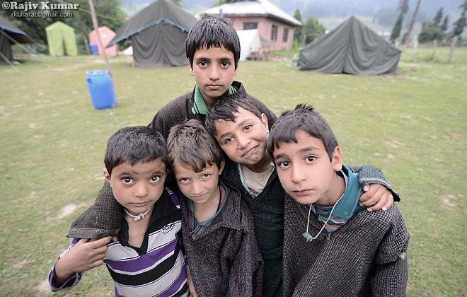 Kashmir kids marathipizza