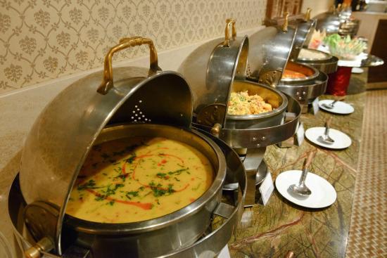 buffet-marathipizza04