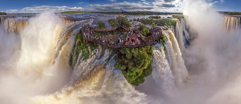 iguasu-falls-marathipizza01