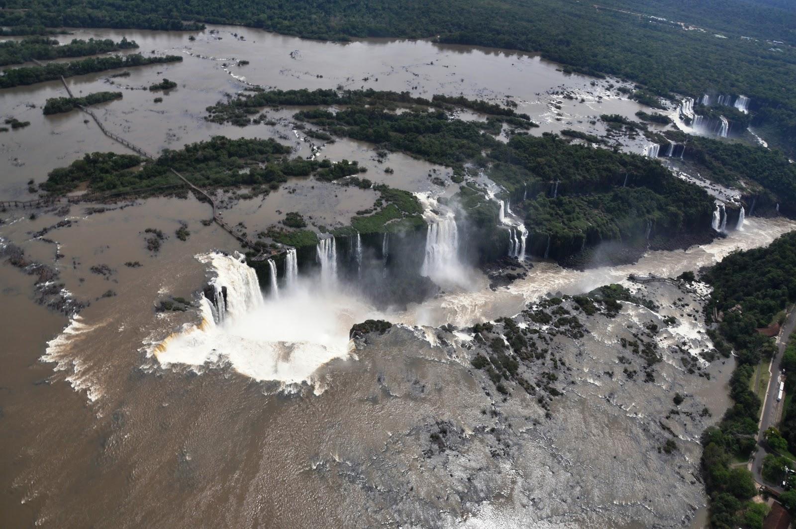 iguasu-falls-marathipizza05