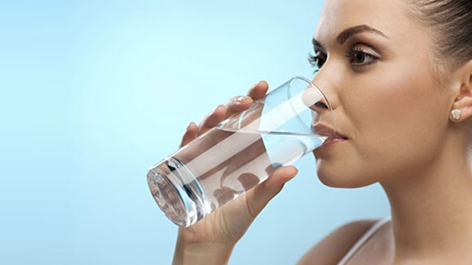 water-drinking-marathipizza01
