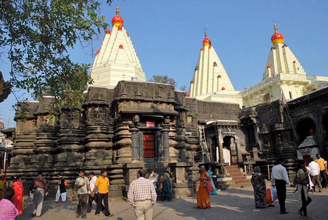 Kolhapur-Sri-Mahalaxmi-Temple-marathipizza